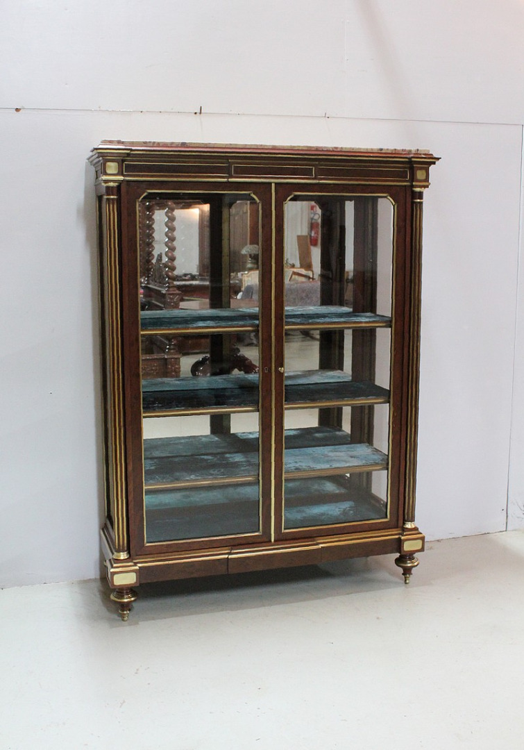 Showcase 3 sides Louis XVI - XIX