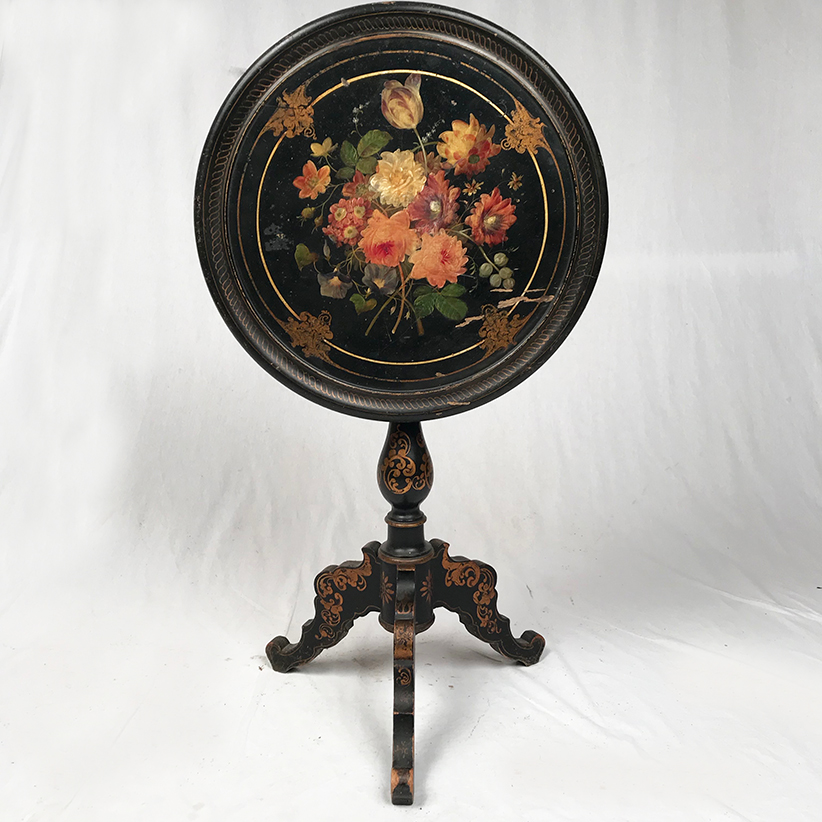 NAPOLEON III PERIOD TILT TOP TABLE
